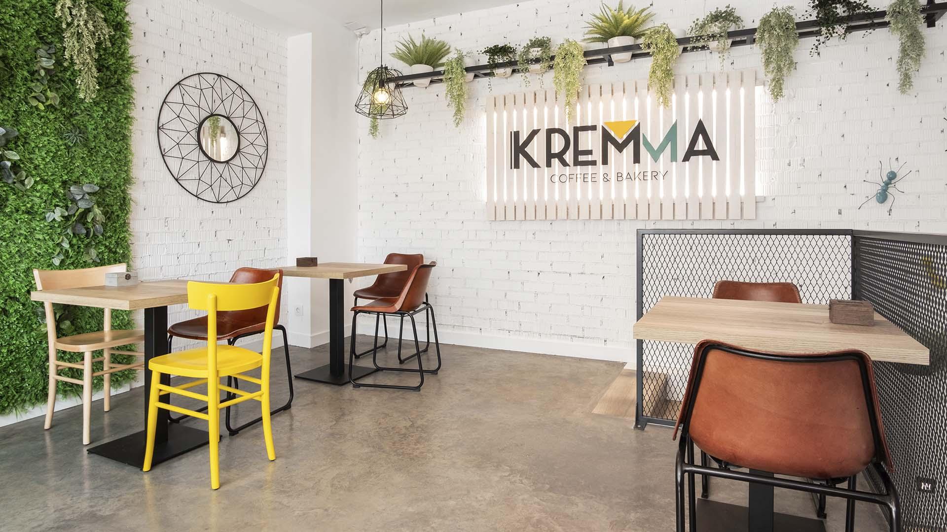 Diseño de espacios comercial en cafetería Kremma Madrid