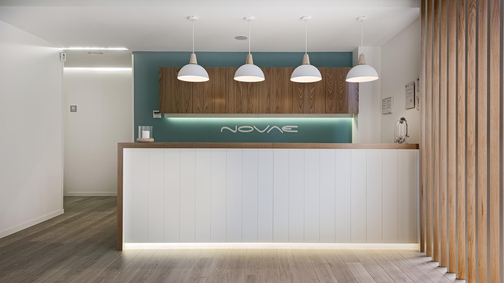 Diseño de espacios comercial en clínica Novae Madrid